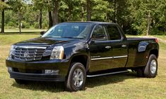 Image: Cadillac Escalade Truck mockup, size: 560 x type: gif, posted on: April 8 Dually Trucks For Sale, New Trucks, Custom Trucks, Lifted Trucks, Chevy Trucks, American Pickup Trucks, Diesel Pickup Trucks, Automobile, Suv Models