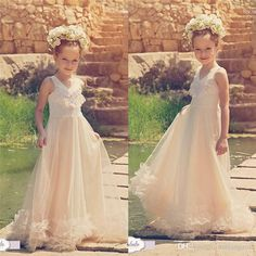 free shipping, $100.5/piece:buy wholesale  vintage beach ivory ruffles flower girls dresses for weddings 2016 sleeveless beach chiffon tutu pearls communion birthday dresses for girls floor-length,real photos,girl on zy2016's Store from DHgate.com, get worldwide delivery and buyer protection service.