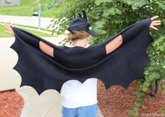 Easy no sew dragon wings - use cheap XXXL t-shirts instead? Possibly cheaper than fabric.