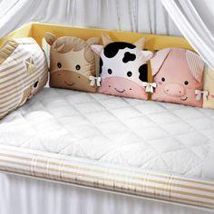 Kit Berço Fazendinha | Grão de Gente Baby Sewing, Baby Room, Toddler Bed, Pillows, Furniture, Mary, Home Decor, Daughters Room, Crib Sheets