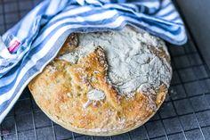 Hvordan baker du det beste eltefrie brødet? Her finner du oppskriften som virkelig ga et saftig og herlig brød til hele familien.