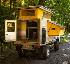 Small Camper Trailers, Slide In Camper, Build A Camper, Camping Trailers, Overland Truck, Overland Trailer, Expedition Vehicle, Pickup Camping, Truck Camping