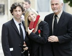 Barbra Streisand Husband and Son | barbra with jason gould and james brolin corbis barbra with jason ...