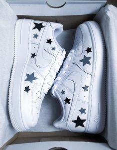 Sneakers – High Fashion For Men Cute Nike Shoes, Cute Nikes, Cute Sneakers, Nike Custom Shoes, Custom Painted Shoes, Kd Shoes, Cute Shoes For Teens, Music Shoes, Sneakers Nike
