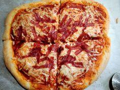 [Homemade] Salami Pizza
