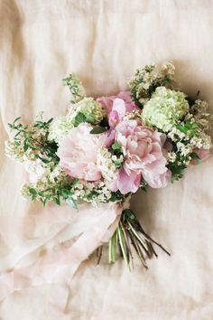 Beautiful Bridal Wedding Bouquet Trends for 2016 #weddingbouquets
