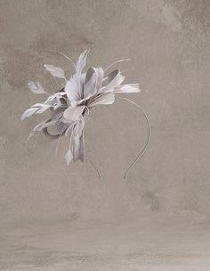 PADUA Flor de pluma y sinamay