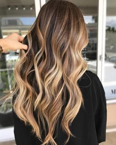 20 light brown hair looks and ideas haare hair, hair color b Blond Ombre, Brown Hair With Blonde Highlights, Brown Hair Balayage, Ombre Hair Color, Hair Color Balayage, Bronde Balayage, Bright Blonde, Dark Blonde, Bayalage Light Brown Hair
