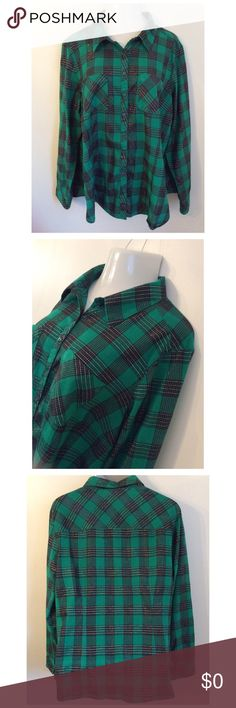 Beautiful Emerald Green Plaid Shirt This top is a 22-24.  Prettier in person than I captured by my photo.  This shirt has silver threads running throughout.  97% Cotton, 3% Metallic Cato Tops