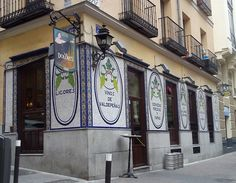 The oldest taverna in Madrid. Bar Madrid, Foto Madrid, Casa Labra, Sketches Of Spain, Visit Madrid, I Love Ny, Shop Fronts, Street Photo, Sicily