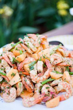 style me pretty - real wedding - usa - california - kenwood wedding - family vacation home - food & drink - seafood