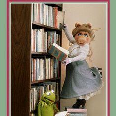 Miss Piggy, librarian