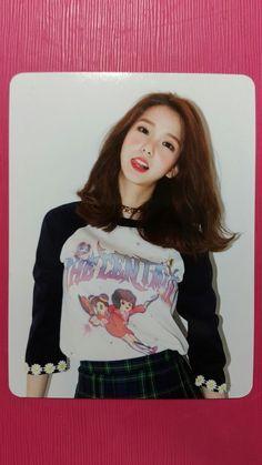 CLC YUJIN Official Photocard NU.CLEAR 4th Mini Album YU JIN No Oh Oh 유진