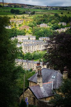 Hebden Bridge, a market town within the Metropolitan Borough of Calderdale - West Yorkshire, England  (by bitrot )