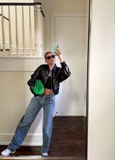 Hailey Baldwin, Kylie Jenner, Mom Jeans, Celebrity Style, Normcore, Celebs, Street Style, Lifestyle, Pretty