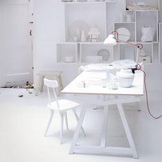 DIY modern furniture for home office scandi scandinavian style white World Of Interiors, White Interiors, Home Office Space, Office Workspace, Interior Styling, Interior Decorating, Interior Design, Budget Bedroom, Bedroom Decor