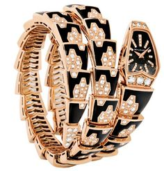 Buy the Bulgari 101986 Serpenti Scaglie 26 mm Rose Gold Watch at a discount price. All current Bulgari styles available. Bulgari Jewelry, Gold Jewelry, Bulgari Serpenti Watch, Bvlgari Watches, Gold Watches, Jewelry Watches, Women's Watches, Unusual Watches, Snake Jewelry