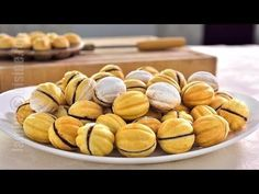 Stuffed walnuts, video recipe, by Jamila Cuisine (in Romanian) Romanian Desserts, Romanian Food, Italian Desserts, Just Desserts, Delicious Desserts, Yummy Food, Sweets Recipes, Baking Recipes, Shaped Cookie