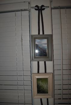 Hung some photos using dock cleats and some naval rope. Nursery Ideas, Bedroom Ideas, Fish Net Decor, Salvaged Furniture, Basement Bedrooms, Coastal Cottage, Ropes, Nifty, Brittany