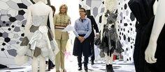 Lidewij Edelkoort is the new curator of Arnhem Mode Biënnale (Arnhem Fashion Biennale) 2013! I like :-)