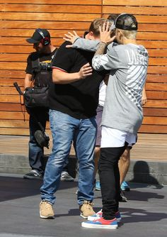 """Pin for Later: Justin Bieber Hilariously """"Protects"""" James Corden From the Paparazzi"""