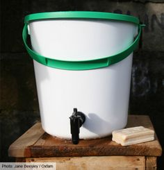 The #Oxfam bucket is specially built to keep water clean. Also contains hygiene kit, cooking utensils, detergent & soap http://ow.ly/i/3JAXH via @Darren Vogelsang GB