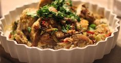 Há comidas que são quase universais e quase consensuais. É o caso do frango assado. Faz-se em quase todos os países, quase todas as cultur...