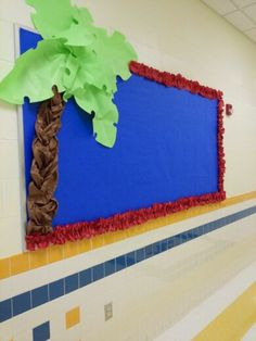 Palm tree bulletin with butcher paper