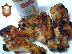 Coxinha de frango com molho agridoce de cachaça http://www.anaclaudianacozinha.com/2014/06/coxinha-de-asa-de-frango-assada-com.html