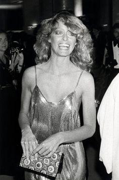 Pin for Later: Die 85 unvergesslichsten Kleider der Oscars – von 1939 bis 2015 Farrah Fawcett bei den Oscars 1978 in Stephen Burrows