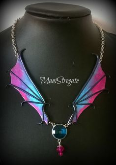 necklace dragon's wings polymer clay handmade by manistregate