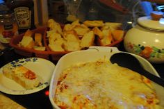 Week 3 Game Day Dip is on with this easy Cheesesteak Dip served up with fresh Italian bread...