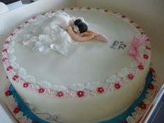 swan lake cake! Ballet Cakes, Dance Cakes, Ballerina Cake Pops, Ballerina Party, Dance Birthday Cake, Lake Cake, Bolo Fack, Cake Templates, Fantasy Cake
