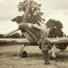 Ground crew chief W/O Kazimierz Mozół of No 303 Squadron RAF stands by a Hurricane Mk I that is serviced at RAF Northolt in 1940. Author Arkady A Fiedler began writing Dywizjon 303 live when spending time with the Polish pilots and ground crew during the high summer. Translated into English by Jarek Galiński and published 2 years later, the account is noted for identifying the pilots for the first time by their true names while recording their adventures accurately as they unfolded.