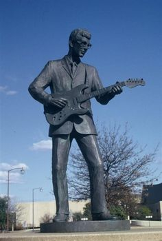 Buddy Holly statue in his hometown of Lubbock, Texas. Description from pinterest.com. I searched for this on bing.com/images