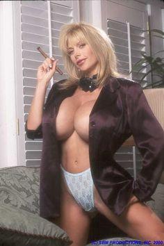 Leelee Sobieski Bikini Pics