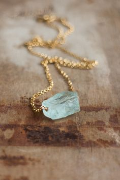 Raw Aquamarine Necklace Raw Crystal Necklace March Birthstone Necklace Raw Stone Necklace Aquamarine Jewelry Healing Necklace - A beautiful natural raw aquamarine stone is in the center of a beautiful chain. Shown in gold - Raw Stone Jewelry, Raw Crystal Necklace, Healing Crystal Jewelry, Gemstone Jewelry, Crystal Gifts, Pendant Necklace, Onyx Necklace, Necklace Chain, March Birthstone Necklace