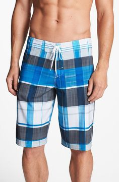 O'Neill 'Machine' Board Shorts | mens board shorts | athletic | sports | surfing | menswear | mens style | mens fashion | wantering http://www.wantering.com/mens-clothing-item/oneill-machine-board-shorts/afcL9/