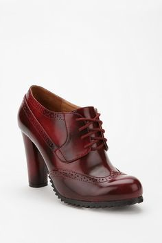 Deena & Ozzy Treaded Heel Oxford. Love the color and detail... and the sole's - no slippin around in these!