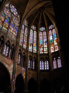 Saint denis es el origen de la b veda de crucer a for Universidad complutense de madrid arquitectura