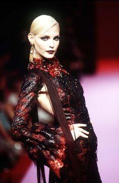 Lacroix Fall Couture 1995 | Nadja Auermann