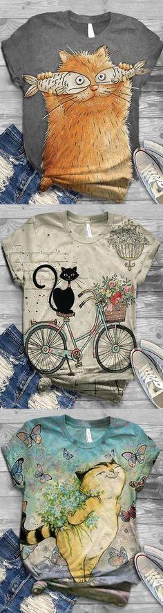 Art Mignon, Clothing Sites, Size Clothing, Cat Quilt, Inspiration Art, Crew Neck Shirt, Autumn Winter Fashion, Fall Fashion, Style Fashion