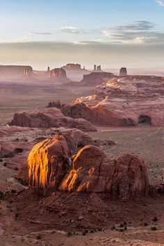 Great place to explore on foot - The Hunt's Mesa, Monument Valley - Utah - Ariziona border, panorama of the Monument Valley from a remote point of view, known as The Hunt's Mesa Landscape Photos, Landscape Photography, Nature Photography, Travel Photography, Desert Landscape, Photography Lessons, Photography Tutorials, Beautiful Places To Visit, Cool Places To Visit