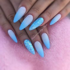 25 Ideas Gel Manicure Blue Gold Glitter For 2019 Almond Acrylic Nails, Cute Acrylic Nails, Acrylic Nail Designs, Hair And Nails, My Nails, Edge Nails, Oval Nails, Dream Nails, Nail Art Hacks