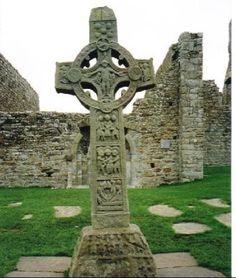 Celtic Cross - Iconic Ireland