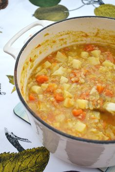 Parsnip, Carrot & Lentil Soup. A thick comforting soup for dreich winter days. It's low calorie too, so a win/win. #soup #vegan #veggie