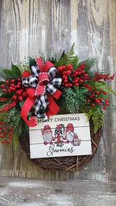 Christmas Rock, Christmas Wreaths To Make, Holiday Wreaths, Christmas Crafts, Merry Christmas Signs, Holiday Decor, Country Christmas, Christmas Ideas, Frame Wreath
