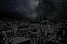 Paris with the lights off. (Thierry Cohen photographs deserts at night, combining them with cityscapes at relative latitude to expose the same starry sky if it weren't for light pollution. Thierry Cohen, Dark City, Photography Series, Paris Photography, Digital Photography, Night Photography, Light Pollution, Sky View, Night City