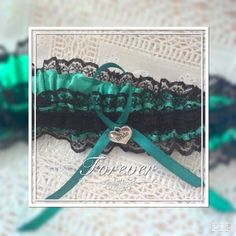 WEDDING HEN PROM GARTER BLACK/GREEN BRIDE CHARM | eBay