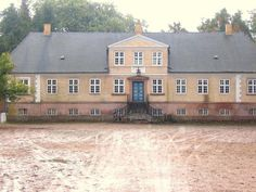 Grønnegård in the series. In real life its called Langkildegård and is situated near Svendborg on the island of Funen